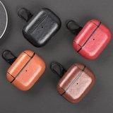 AirPods Pro lederen hoesje Pro Leather series - Met bevestigingsclip - Rood_